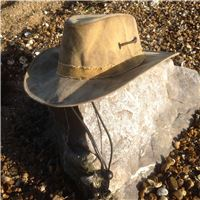 Black leather hat windstrap
